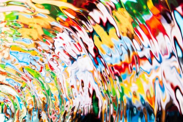Círculos coloridos de vista superior de ondas de água