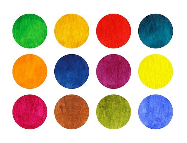 Círculos em aquarela de arco-íris isolados no fundo branco