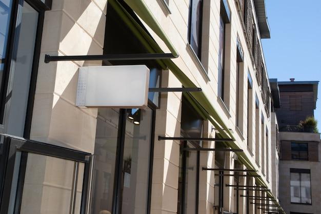 City sign street shop maquete de sinalização de loja ao ar livre em branco