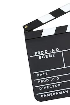 Claquete de produção de filme sobre fundo escuro, com espaço de cópia