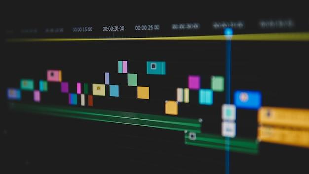 Close da linha do tempo de edição de vídeo