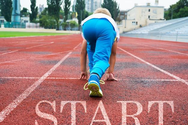 Close das pernas do tênis no início. início e início do novo 2022, metas e planos para o próximo ano