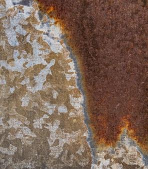 Close de superfície de metal enferrujada