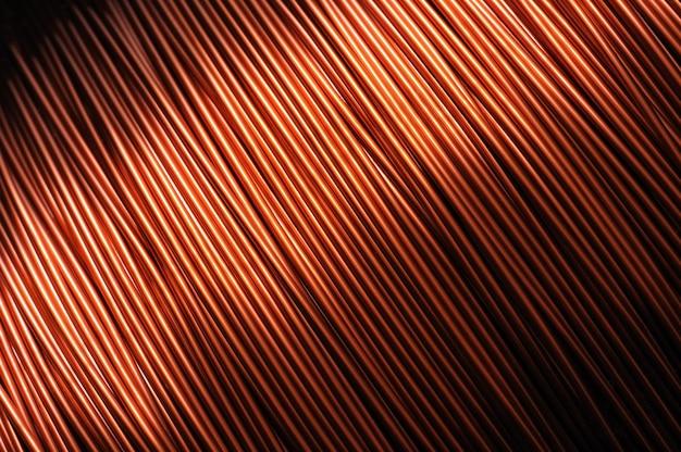 Close de uma bobina de fio de cobre vermelho
