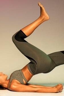 Close-up, ajustar, mulher, exercitar