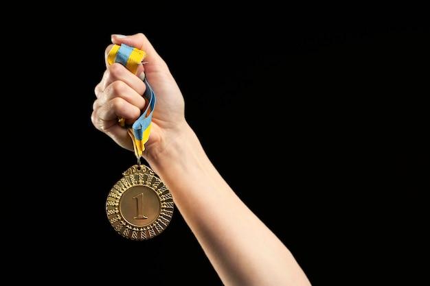 Close-up da medalha de jogos esportivos