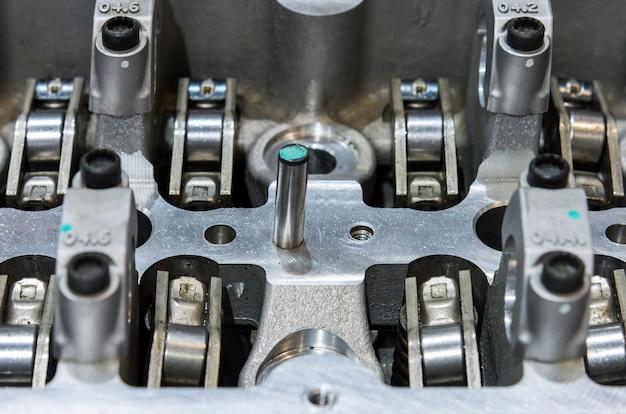 Close up da peça de motor moderna.