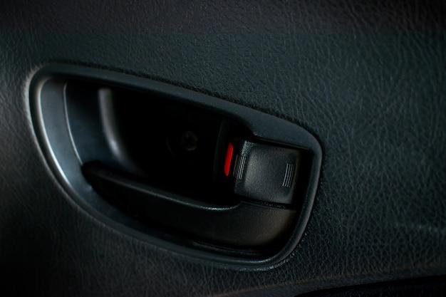 Close-up da porta do carro