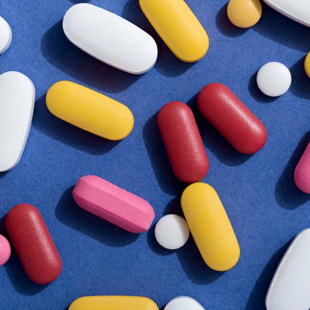 Close-up da variedade de pílulas