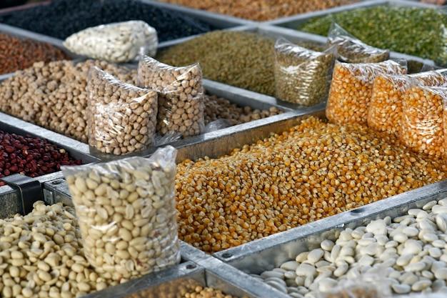 Close-up de bancada de grãos
