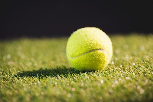 Close-up de bola de tênis