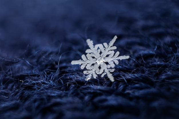 Close-up de flocos de neve.