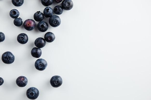 Close up de frutas de mirtilo isoladas