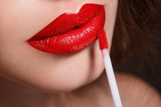Close-up de lábios vermelhos