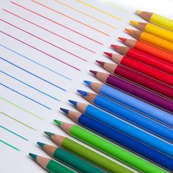 Close-up de lápis coloridos