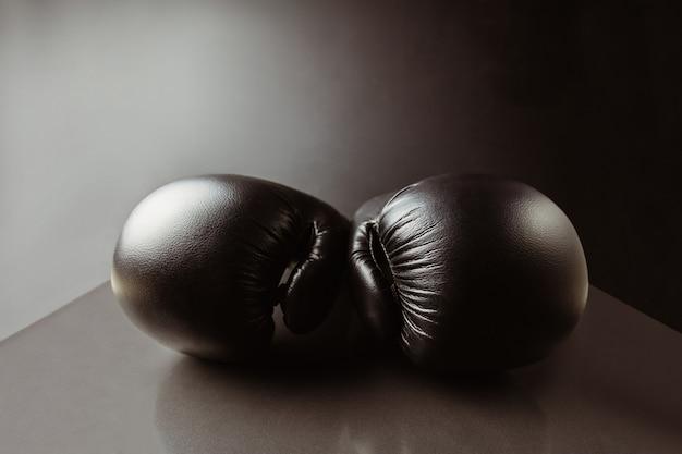 Close-up de luvas de boxe pretas