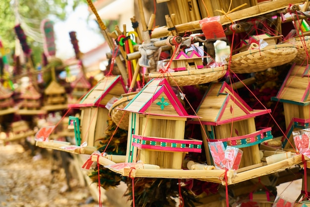 Close-up de madeira amarela casa cambodia