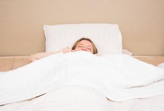 Close-up, de, mulher jovem, dormir cama