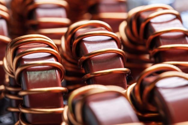 Close-up de núcleos de pó de ferro marrom