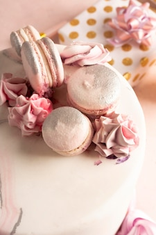 Close-up de um delicioso bolo de aniversário