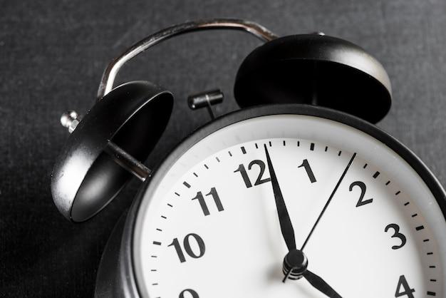 Close-up, de, um, despertador, ligado, experiência preta