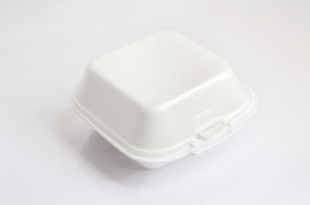 Close up de um recipiente de comida de espuma