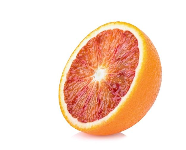 Close up de uma fatia de laranja de sangue