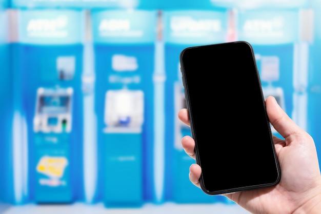 Close-up, de, uso feminino, passe segurar, smartphone