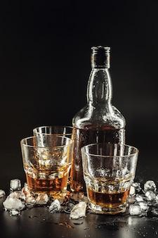 Close-up de vidro com uísque
