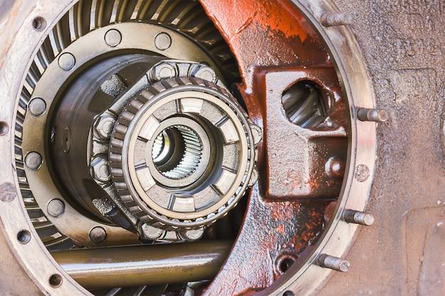 Close-up dentro da caixa de velocidades