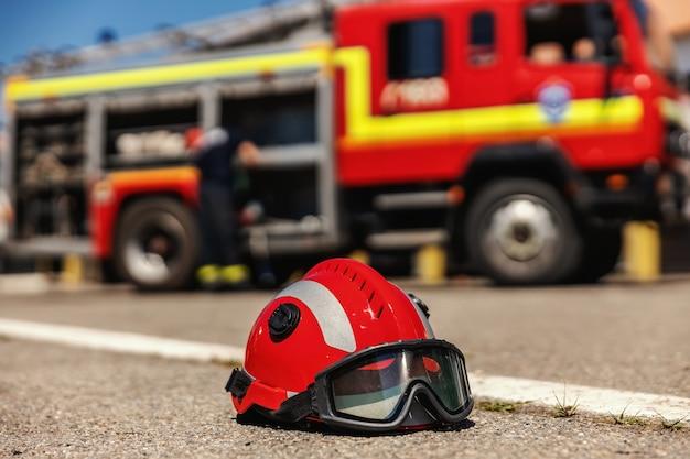 Close up do capacete protetor.