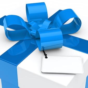 Close-up do presente com curva azul e etiqueta em branco