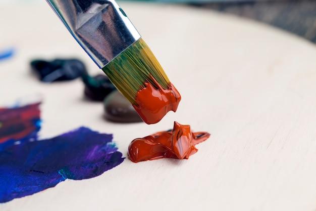 Close-up em tinta acrílica para pintura