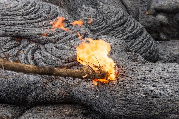 Close-up fluxo de lava no campo de lava