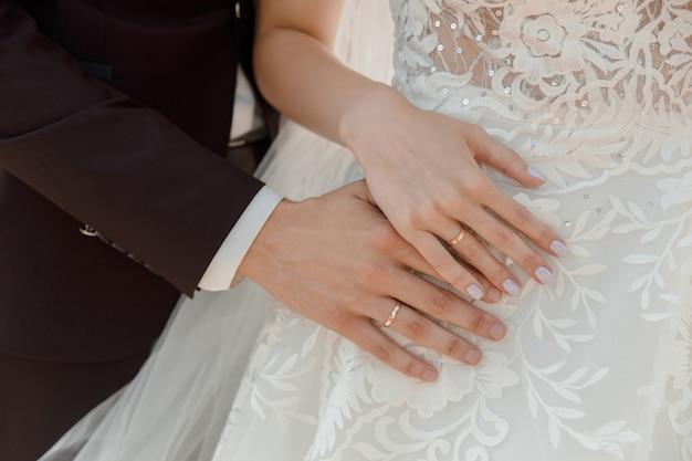Close-up mãos, com, anéis