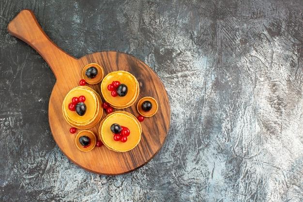 Close-up na pilha de panquecas deliciosas