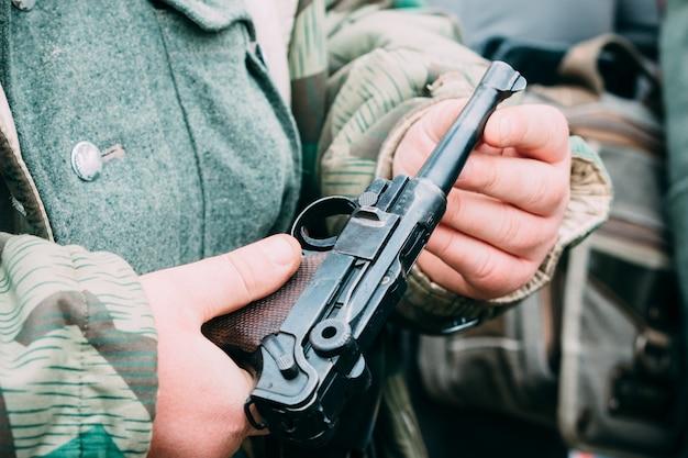 Close-up pistola parabellum