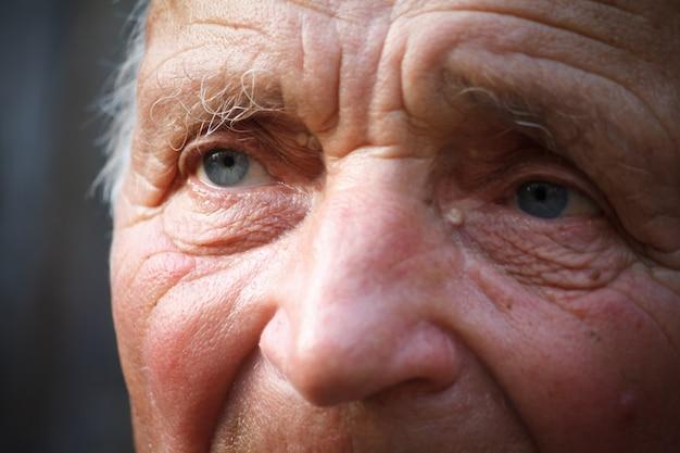 Close-up, retrato, de, um, muito, homem velho