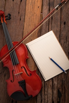 Close-up, tiro, violino, orquestra, instrumental, e, caderno