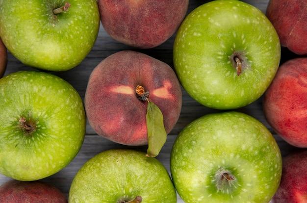 Close-up vista de deliciosas frutas frescas suculentas