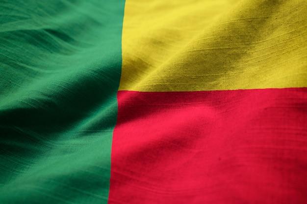 Closeup, de, babado, bandeira benin, bandeira benin, soprando, em, vento