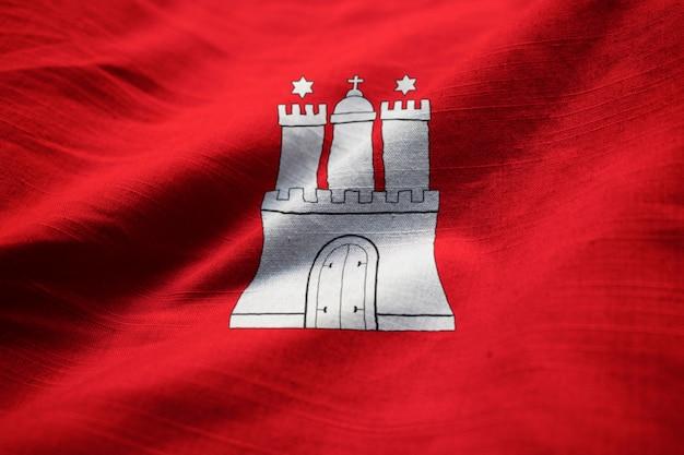 Closeup, de, babado, bandeira hamburgo, hamburgo, bandeira, soprando, em, vento