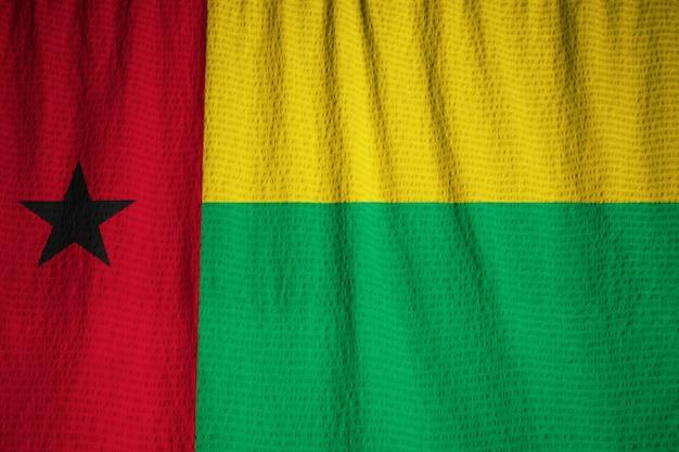 Closeup, de, babados, bandeira guiné-bissau, guiné-bissau, bandeira, soprando, em, vento