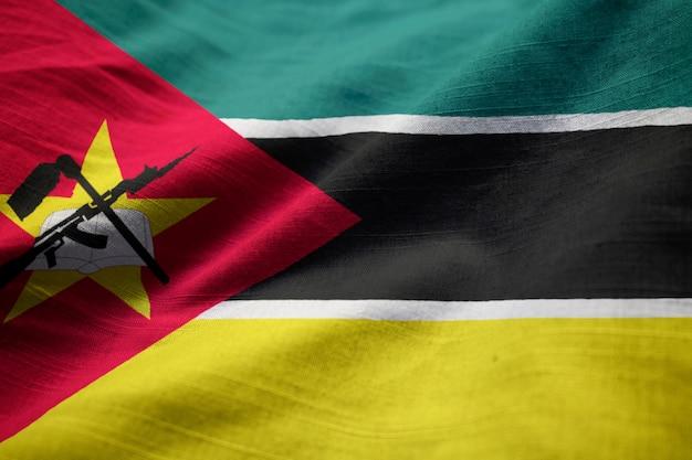 Closeup, de, babados, bandeira moçambique, moçambique, bandeira, soprando, em, vento
