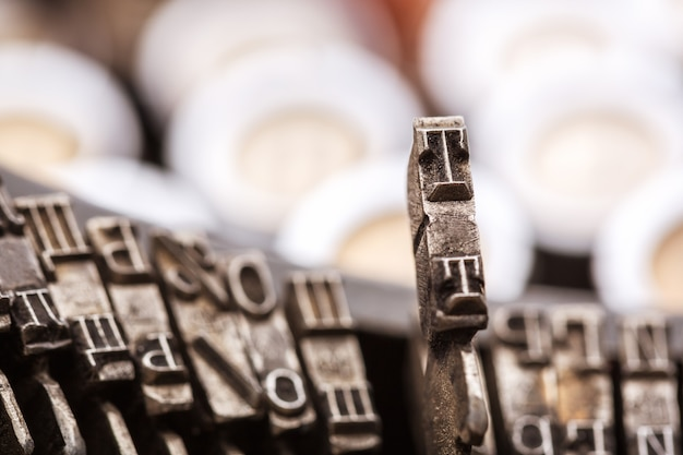 Closeup de barras tipo máquina de escrever retrô