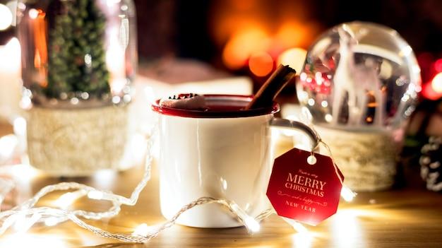 Closeup de bebida quente de natal