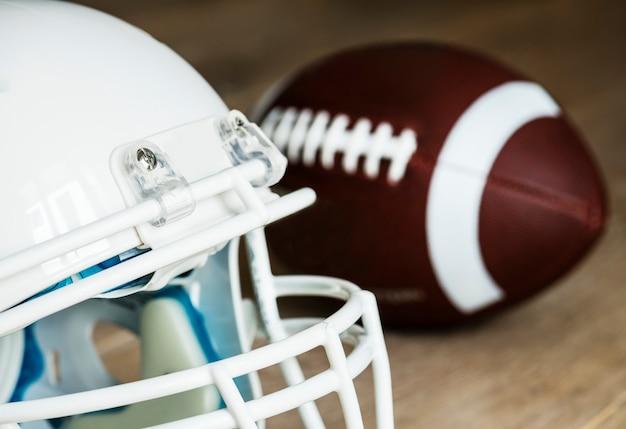Closeup de capacete de futebol americano