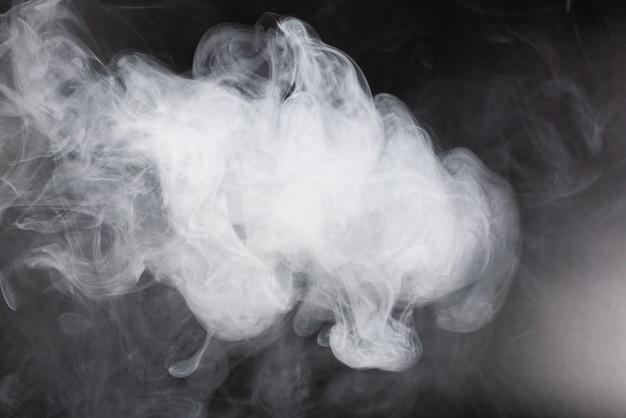 Closeup de fluxo de vapor branco