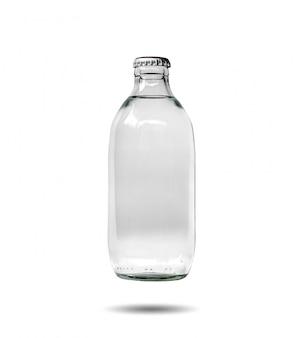 Closeup de garrafas de vidro contendo água com gás que é selada isolada