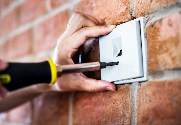 Closeup, de, interruptor, instalação